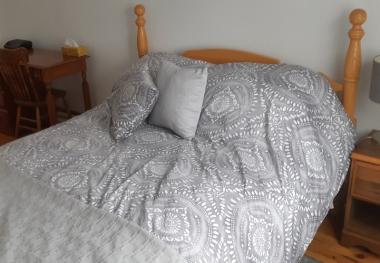 Solid oak queen size bed